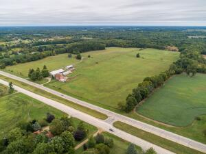 Evergreen Angus  Farms- Maxey Family 80 Acres with Farmstead