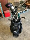 Golf Bag with Golf Club Set