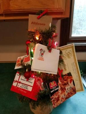 Mason Pizza & Dining Out Package Gift Certificates ($155 Value):