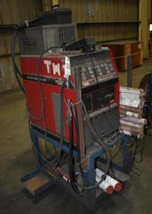 Lincoln Square Wave Tig 255 Welder