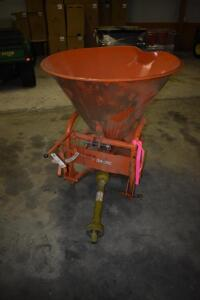 Baltic fertilizer spreader