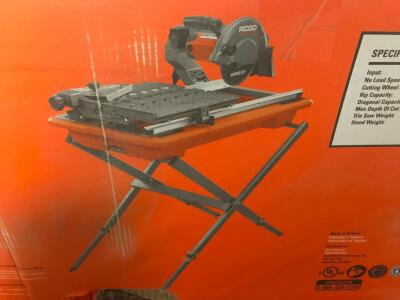 "Ridgid 7"" Wet Tile Saw with Stand"