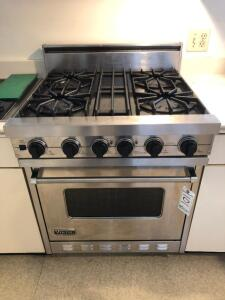 Viking Professional Gas Stove/ Oven, 4 burner