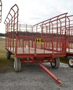H&S Bale Thrower Wagon on a EZ Trail 8 Ton Running Gear- S/N 890WE060615Z6599