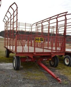 H&S Bale Thrower Wagon on a EZ Trail 8 Ton Running Gear- S/N 890WE060615Z6598