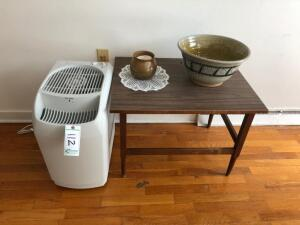 Air Purifier, End table and pottery