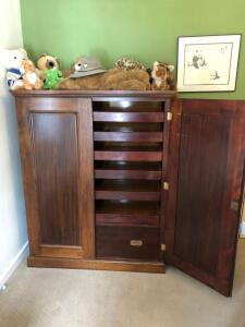 Wardrobe cabinet, 2 double beds with king headboard, nightstand and lamp
