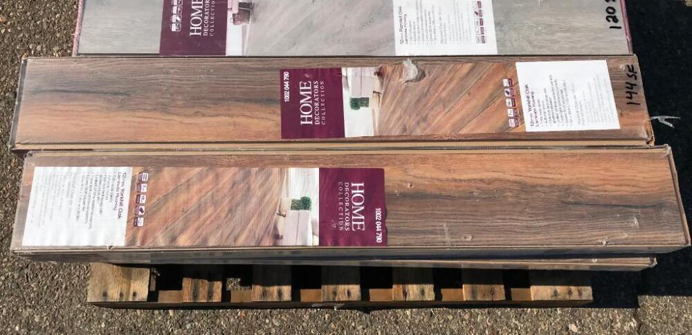 Lot 1227approx 144 Sq Ft Yorkhill Oak Laminate Flooring