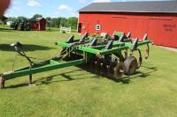 7 Tooth John deere disk chisel plow 60 acres on new disks