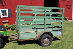 Livestock trailer with removable sides