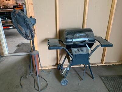 Propane grill and fan