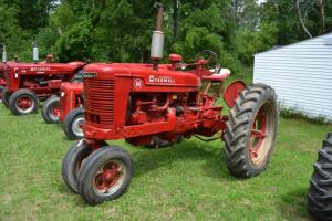Farmall M narrow front