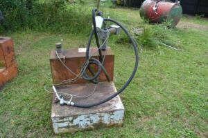fuel tank with electric pump