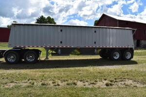 2009 Jet 34' Tandem Hopper Bottom Grain Trailer- VIN # 5JNGS34239H001131