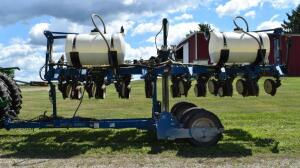 "Kinze 3500 Corn Planter- S/N 902578, 8 Row, 30"", No Till Coulters, Liquid Fertilizer Application"