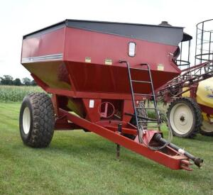 Unverferth GC5000 Grain Cart- S/N 500683, 1 Owner, Always Stored Inside