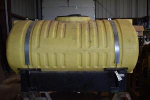 300 Gallon Poly Tank with Pump- Used on John Deere 8200 Tractor