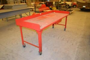 Metal rolling workstation table