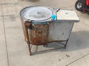 Antique East Wringer Washer