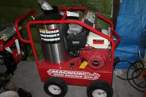 New Magum 4000psi heated power washer never used