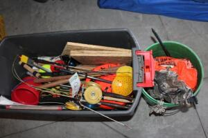 Ice fishing equipment