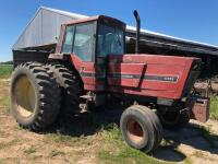 International 5488 Tractor with Duals, 8,669 hours, S/N -2590002U00184 - 2