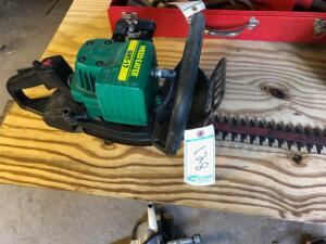 Weed Eater GHT-17 Gas hedge trimmer