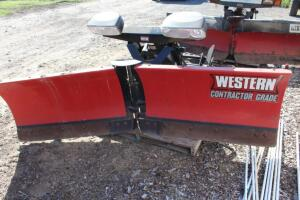"Western 8'6"" poly v-plow"