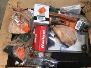 Pallet of Assorted Home Depot Items