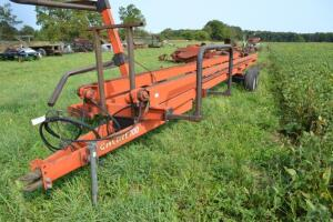 Highline 700 bale accumulator