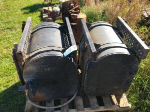 (2) Fuel Tanks with Brackets