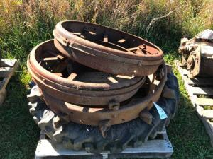 Pallet of Steel Wheels, 1 Tire