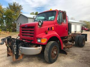 1997 Ford L8501 Cab-Chassis Truck