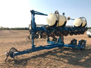Kinze 3500 8 Row Planter