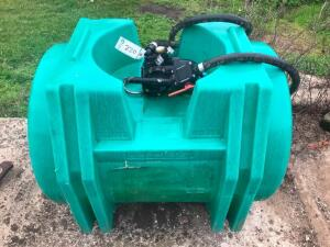 Poly Shuttle Tank with Pump