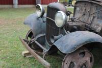 1932 or 1933 Model BB Ford with hand crank dump bed - 3