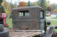 1932 or 1933 Model BB Ford with hand crank dump bed - 15