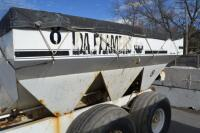 Willmar tandem axle fertilizer spreader - 5