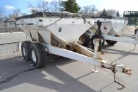 Willmar tandem axle fertilizer spreader - 6