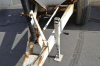 Willmar tandem axle fertilizer spreader - 7