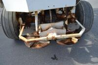 Willmar tandem axle fertilizer spreader - 12