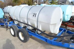 1000 gal nurse tank on GVM tandem axle trailer