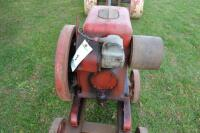 International Harvester LBA 1.5 to 2.5 hp engine - 3