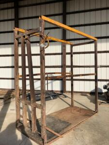 Patterson Cattle Grooming Chute
