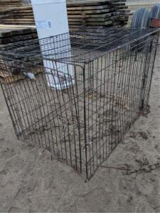2 1/2' x 3 1/2' Dog Kennel