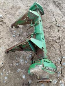 Axle and Final Drives off JD 5S Square Back Combine
