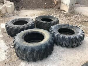 (4) 17.5-25 Tires