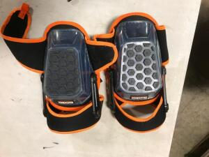 Hinged Stabilizing Knee Pads