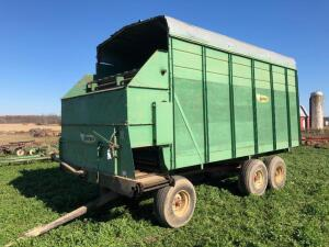 Badger 454 Silage Wagon, S/N - 692