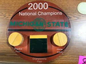 "2000 National Champions ""Court"" Collection #8 of 40 Plaque"